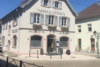 Le restaurant et les chambres ©Théière & Couverts